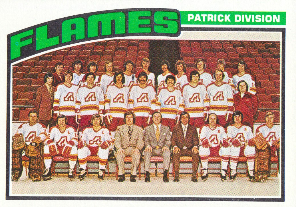 1976-77 Topps #132 Flames Team CL