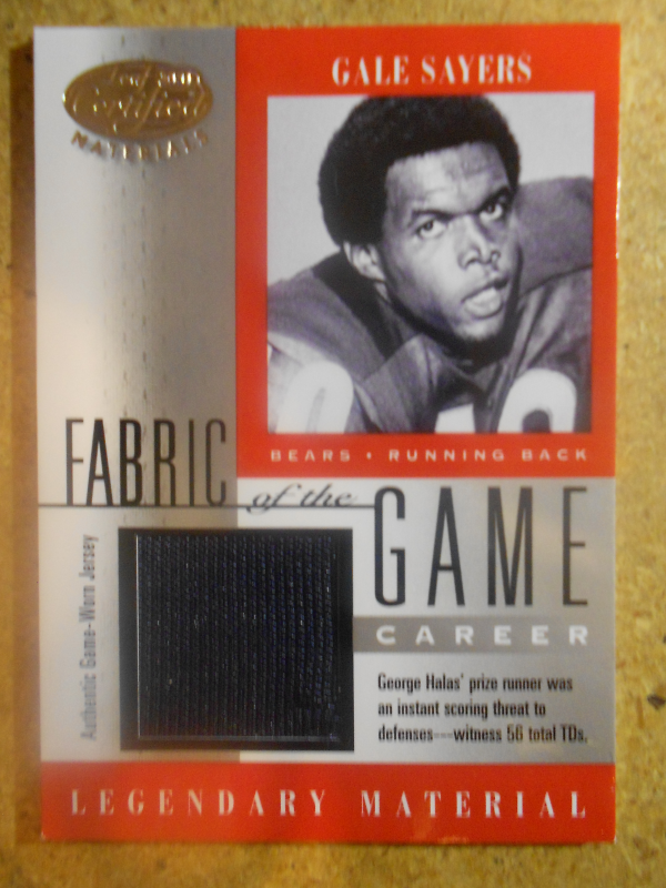 2001 Leaf Certified Materials Fabric of the Game #15CR Gale Sayers/56
