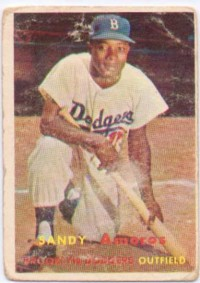 1957 Topps #201 Sandy Amoros front image