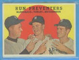 1959 Topps #237A Run Preventers/Gil McDougald/Bob Turley/Bobby Richardson GB