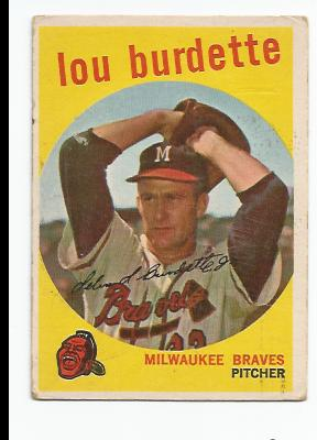 1959 Topps #440 Lou Burdette (Posing as if Lefthanded)