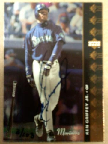 1997 SP Vintage Autographs #10 Ken Griffey Jr. 94/103