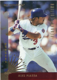 1997 Donruss Team Sets Pennant Edition #111 Mike Piazza front image