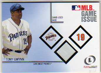 2001 Fleer Legacy MLB Game Issue Base #5 Tony Gwynn