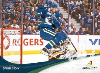 2011-12 Pinnacle #22 Daniel Sedin