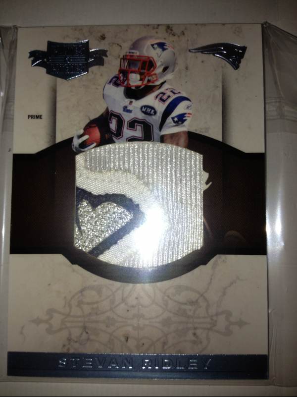 2011 Panini Plates and Patches Rookie Jumbo Materials Prime #31 Stevan Ridley