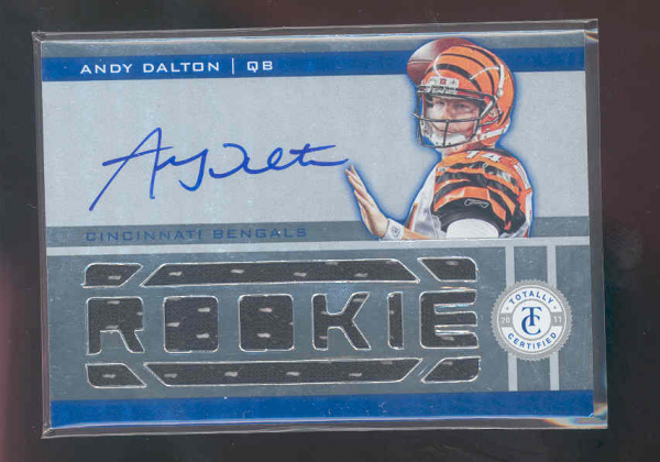 2011 Totally Certified Freshman Fabric Signatures Red #203 Andy Dalton JSY AU/200
