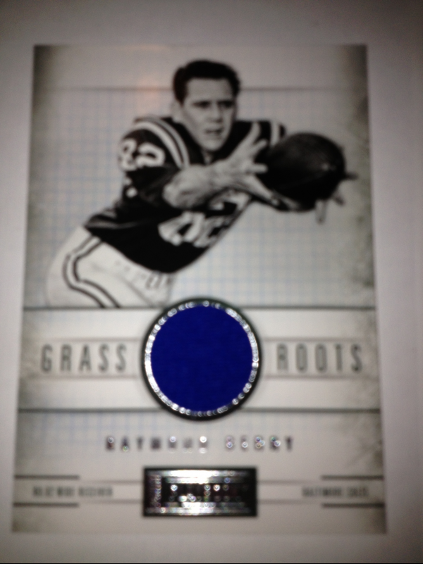 2011 Panini Playbook Grass Roots Materials #70 Raymond Berry/49