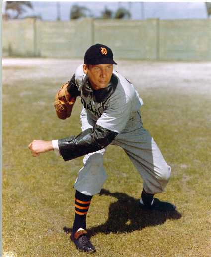 Detroit Tigers Hal Newhouse 8 x 10 color photo