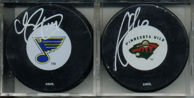 Chris Pronger Autograph St. Louis Blues Official NHL Hockey Puck - Topps Reserve Case Topper Redemption Offer