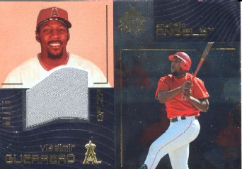 2004 Reflections Gold #144 Vladimir Guerrero Jsy L1