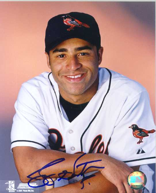 Jerry Hairston Autographed 8 x 10 Photo