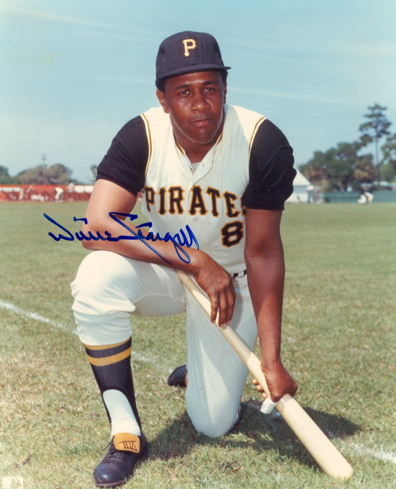 Willie Stargell   signed picture   8 1/2   x    10    $45.00