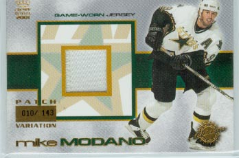 2000-01 Crown Royale Game-Worn Jersey Patches #11 Mike Modano/143
