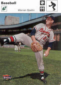 2005 Leaf Sportscasters 60 White Fielding-Ball #49 Warren Spahn