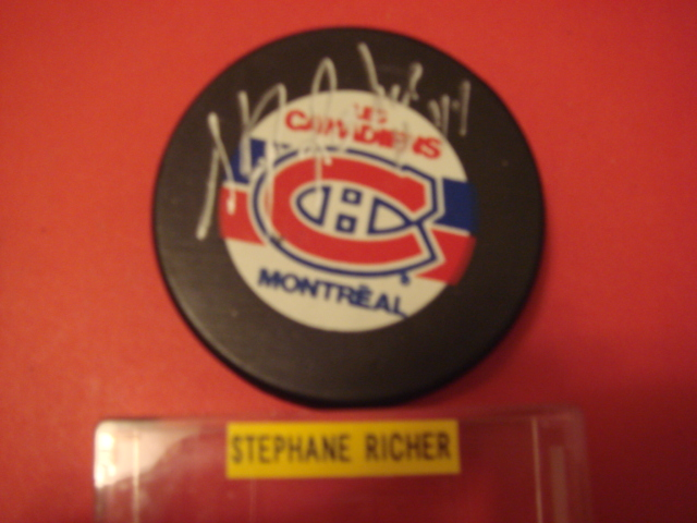 Stephane Richer Autographed Montreal Canadiens puck With COA