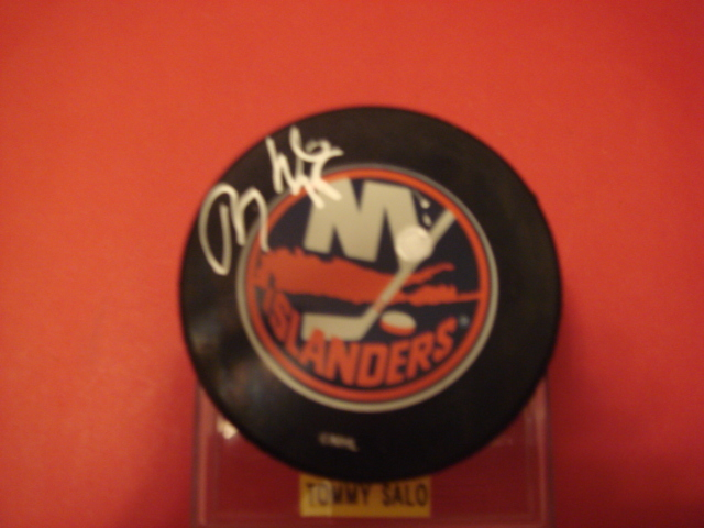 Tommy Salo Autograph New York Islanders Puck With COA