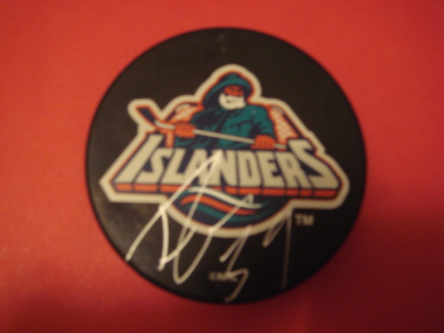 Travis Green New york Islanders Fishermans Puck With COA