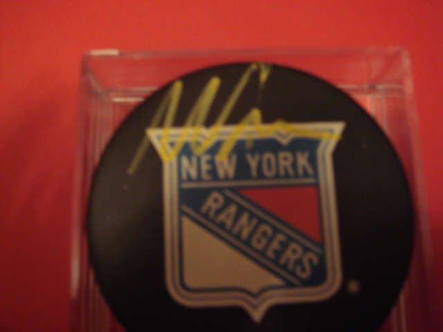 Mike Richter Autographed New York Rangers puck With COA