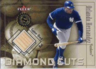 2001 Fleer Authority Diamond Cuts Memorabilia #38 Orlando Hernandez Bat/800