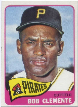 1965 Topps #160 Roberto Clemente UER (1960 Pittsburfh)