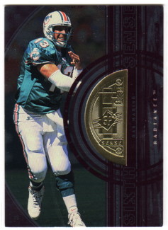 1998 SPx Finite Radiance #354 Dan Marino SS