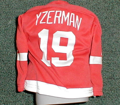 2003-04 Pacific Heads Up Mini Sweaters #5 Steve Yzerman