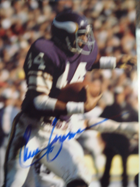 Chuck Forman Autographed 8 x 10 Vikings Picture With Coa