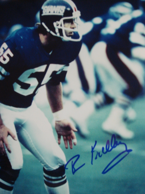 Brian Kelley Autographed 8 x 10 Giants Picture with coa