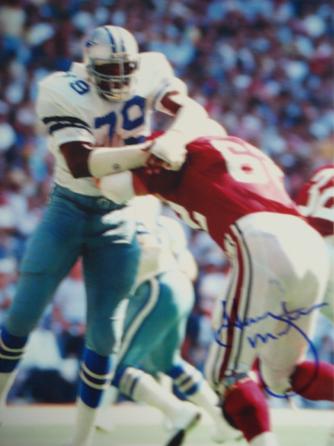 Harvey Martin Autographed 8 x 10 Cowboys Picture with PSA Coa