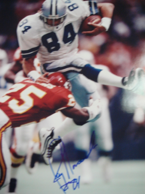 Jay Novacek Autographed 8 x 10 Cowboys picture with Coa