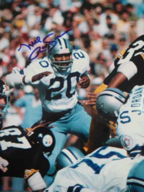 Mel Renfro Autographed 8 x 10 Cowboys Picture with coa