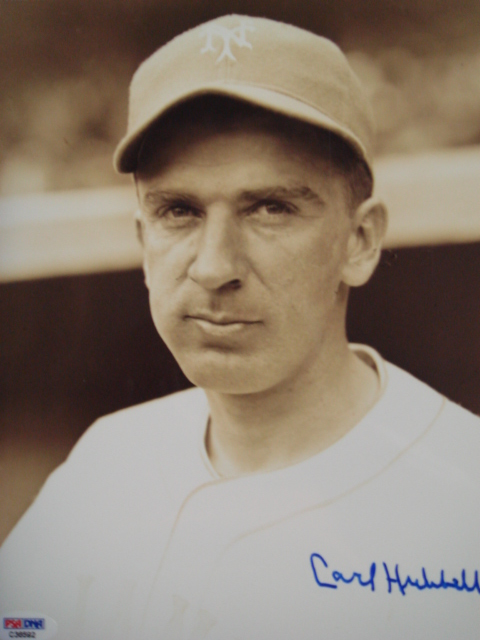Carl Hubbell autographed 8 x 10 Giants picture with PSA Coa