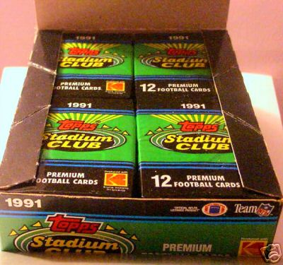 1 SEALED PACK : 1991 Stadium Club Football Hobby Pack (Try for Brett Favre Rookie Cards)(12 Cards Per Pack)