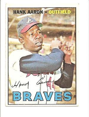 1967 Topps #250 Hank Aaron UER (Second 1961 in Stats should be 1962) front image