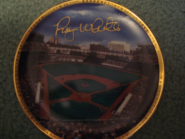 Roy White Yankee Stadium Autographed 1989 Sports Impressions Mini Plate By Robert Stephen Simon With COA