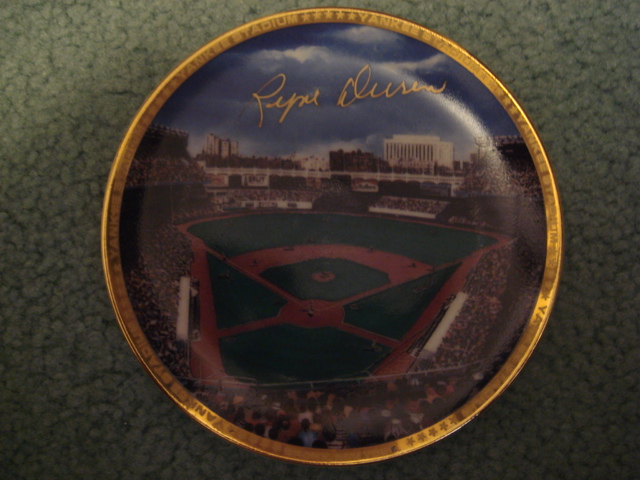 Ryne Duren Yankee Stadium Autographed 1989 Sports Impressions Mini Plate By Robert Stephen Simon With COA
