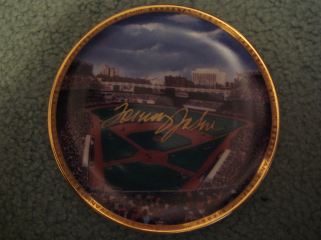 Tommy John Yankee Stadium Autographed 1989 Sports Impressions Mini Plate By Robert Stephen Simon With COA