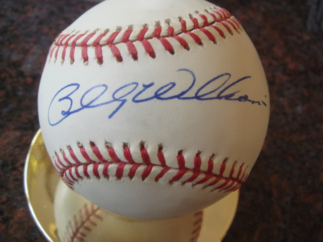 Billy Williams Autographed Official NL Baseball with COA