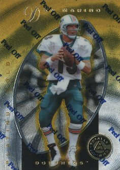 1997 Pinnacle Totally Certified Platinum Gold #2 Dan Marino