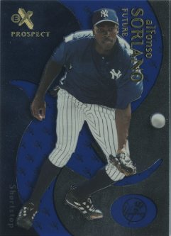 2000 E-X Essential Credentials Future #87 Alfonso Soriano/4
