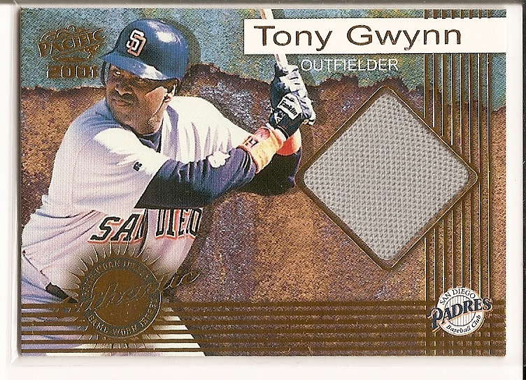 2001 Pacific Game Jersey #7 Tony Gwynn