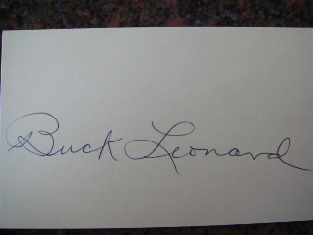 Buck Leonard Autographed 3 X 5 Card With COA