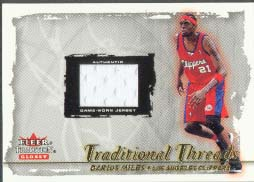 2000-01 Fleer Glossy Traditional Threads Darius Miles