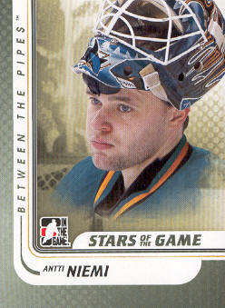 2010-11 Between The Pipes #90 Antti Niemi