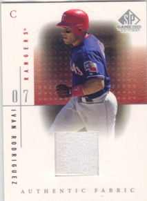 2001 SP Game Used Edition Authentic Fabric #IR Ivan Rodriguez
