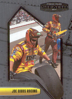 2011 Press Pass Stealth #30 Kyle Busch's Crew
