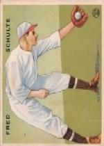 1933 Goudey #112 Fred Schulte RC
