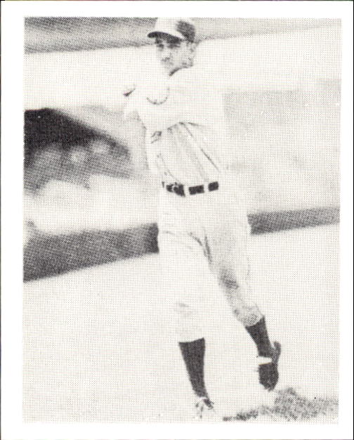 1939 Play Ball #12 Hershel Martin RC front image