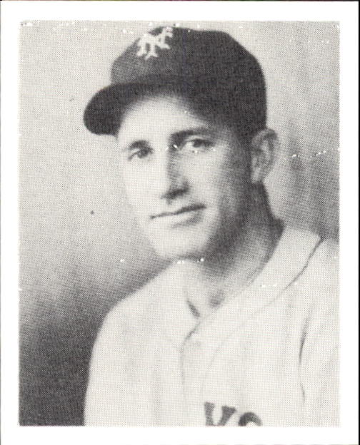 1939 Play Ball #23 Burgess Whitehead RC